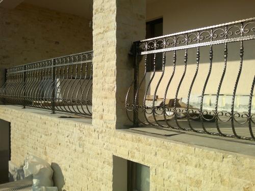 87-papu-balustrada